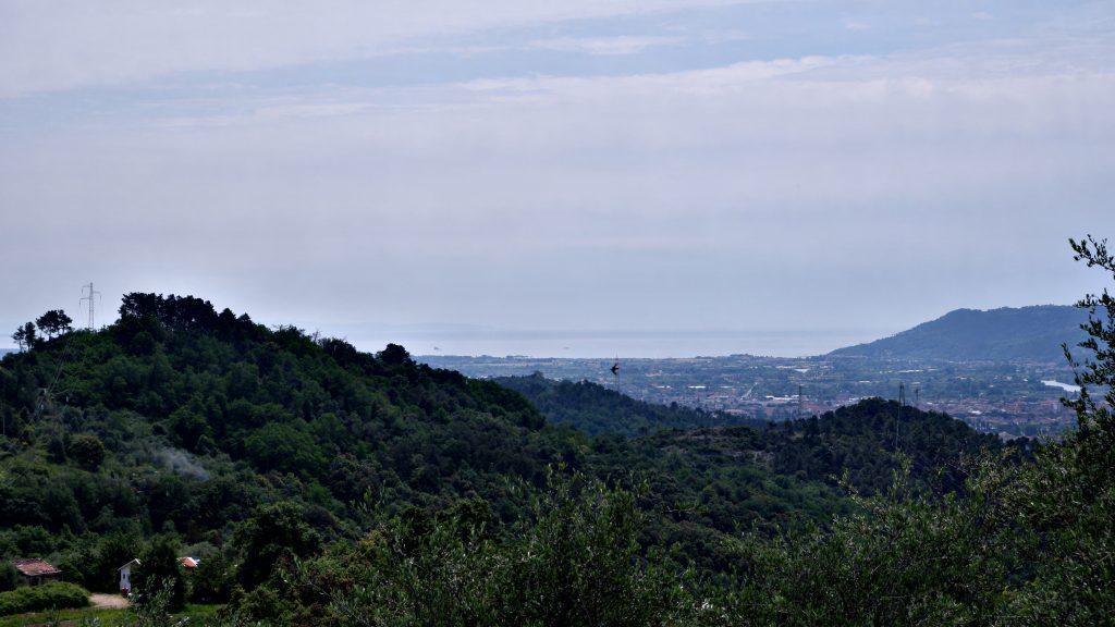 Il mare davanti a Sarzana